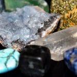Découvrez les bienfaits thérapeutiques des bijoux