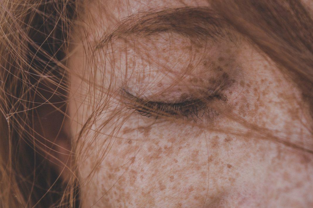 5 remèdes naturels contre la chute des cheveux