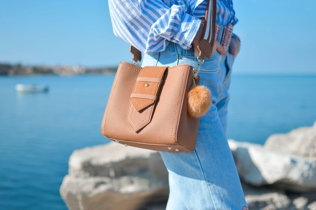 Quelle couleur de sac pour l'été ?